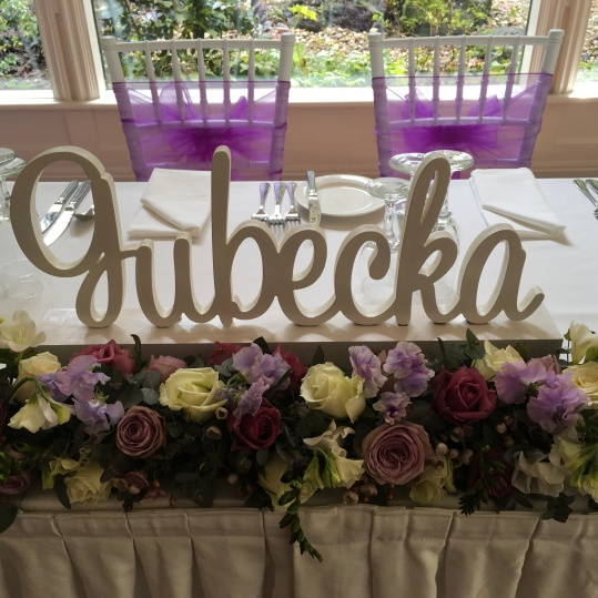 Elegent Purple Bridal Table Flowers