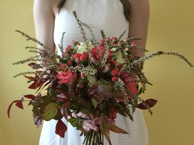 unstructured bridal bouquet autumn tones