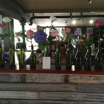 table seating flower bottles english country garden