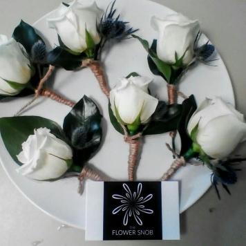 rustic buttonholes mill park florist