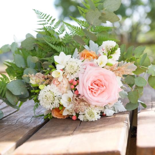 pastel trailing vintage bridal bouqet mill park florist