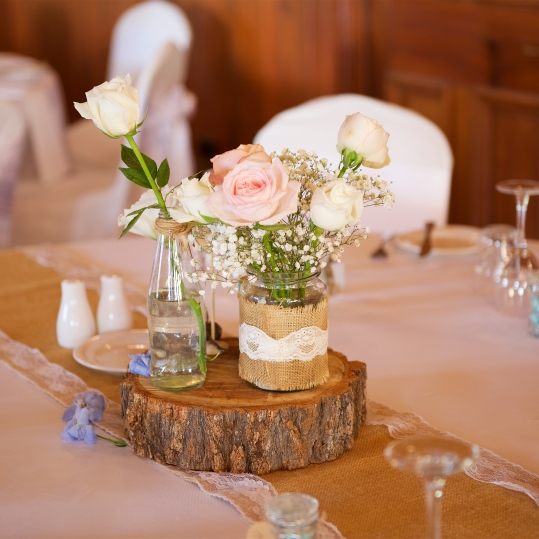 rustic wedding table flowers vintage theme